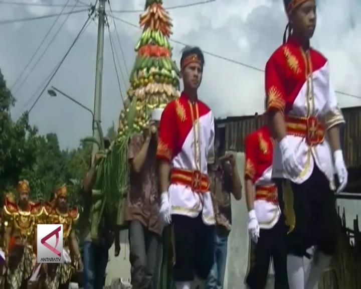 Tradisi Merti Dusun Dukung Desa Wisata Campurejo