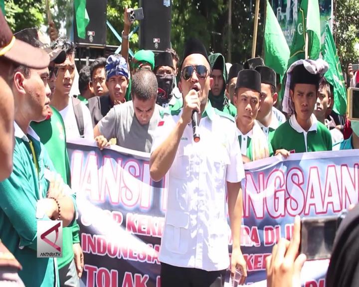 Kordum Aliansi Kebangsaan Tolak Habib Rizieq di NTB