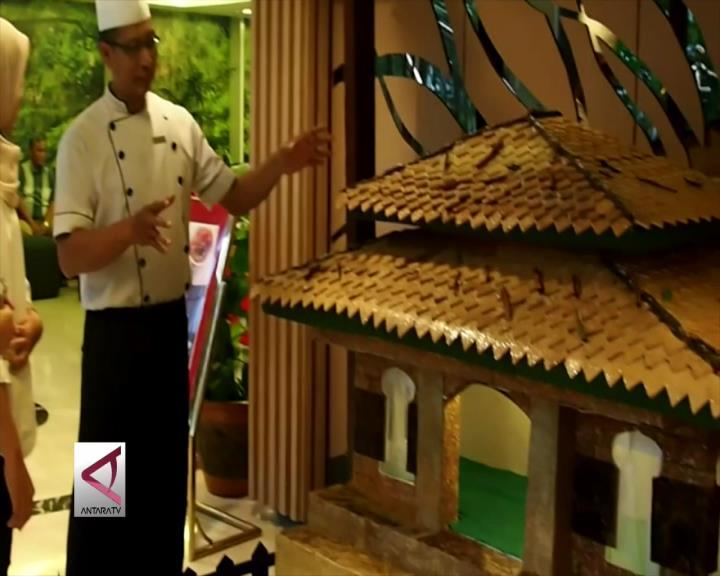 Masjid Tradisional yang Terbuat Dari Kue