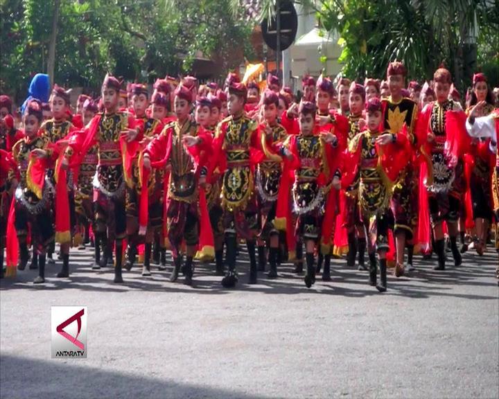 724 Penari Remo Semarakkan Hari Jadi Surabaya