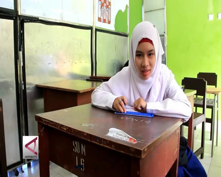 Membaca Al-Quran Braile di SLBN Balikpapan