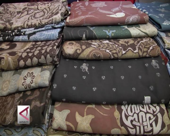 Batik Dengan Pewarna Alam, Bantu Perajin Lokal