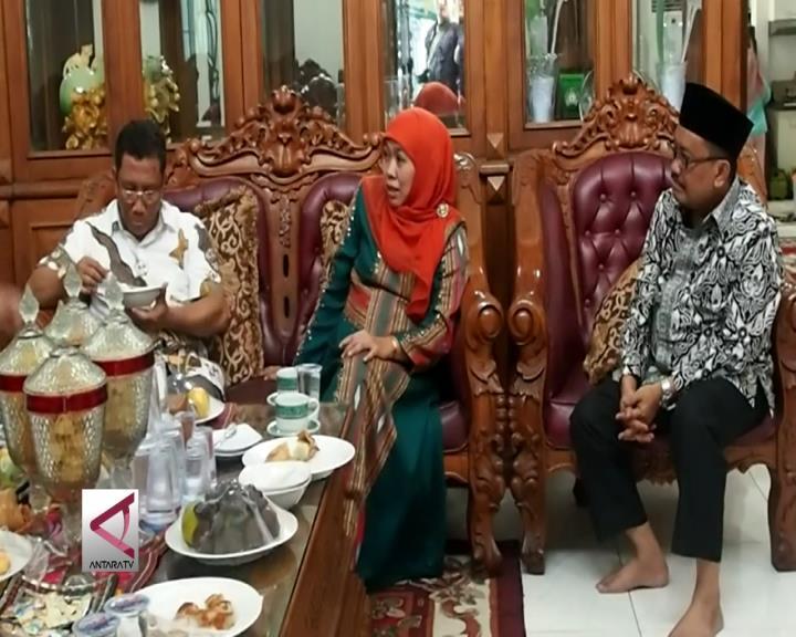 "Mensos Khofifah ""Open House"" di Surabaya"