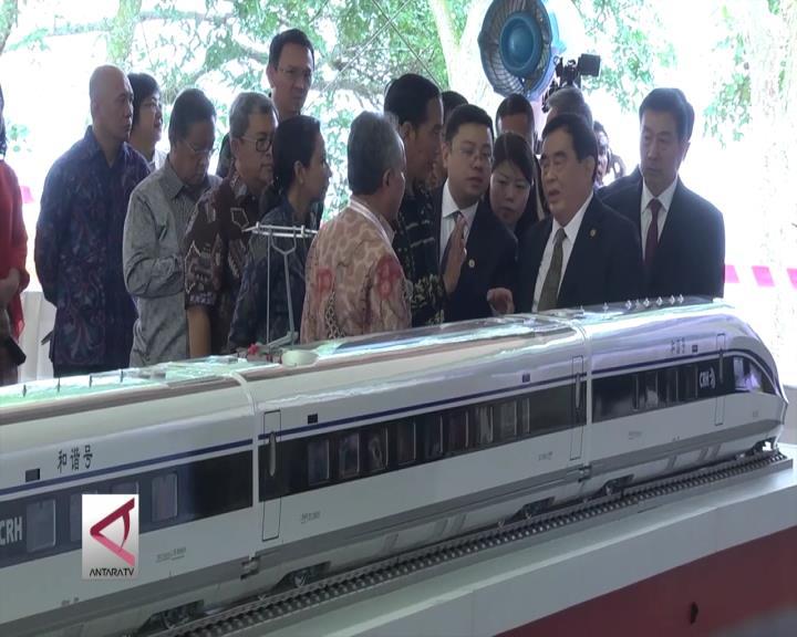 Pemerintah Kaji Proyek Kereta Cepat Jakarta-Surabaya