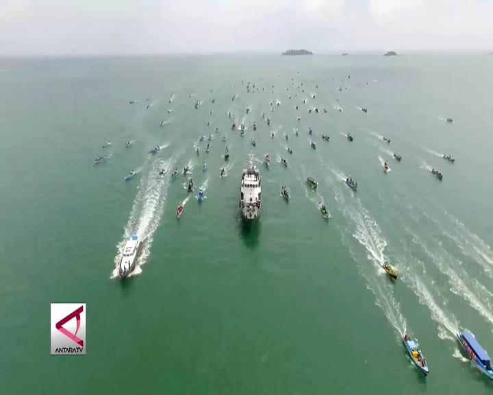 Parade Kapal Nelayan Merah Putih