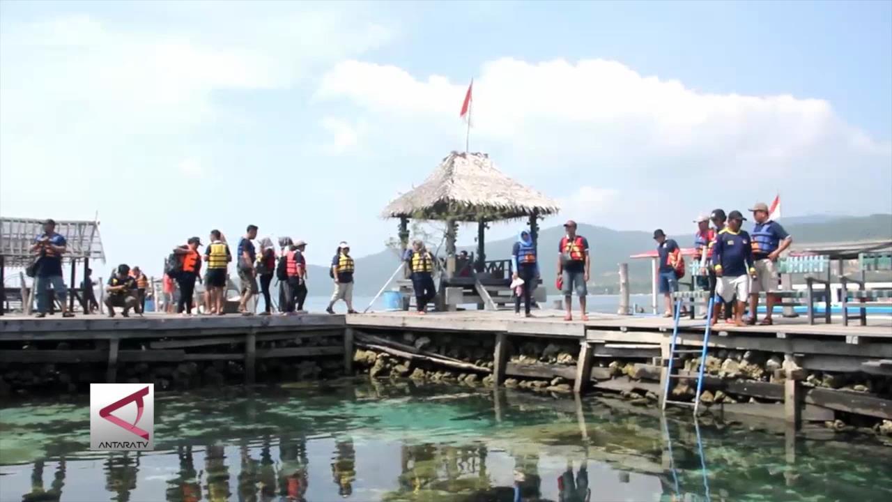 Menikmati Pesona Wisata Bahari Karimun Jawa