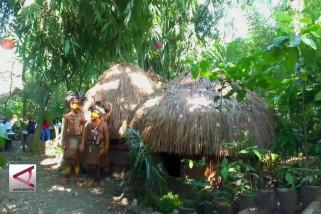 Ada Kampung Primitif di Ujung Timur Pulau Jawa