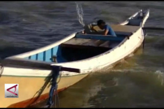 Nelayan kapal Kendari  takut melaut