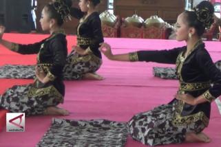Tari Batik Simo Gringsing angkat potensi lokal Batang