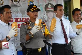 Polisi Bandara Pekan Baru Sita 3 Kg lebih sabu-sabu