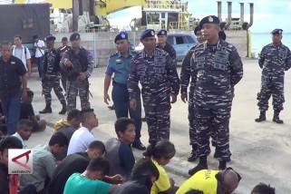 TNI AL tangkap sembilan WN bangladesh