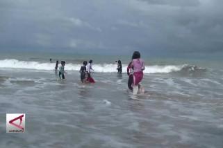 Wapres: Tak ada yang tahu kapan tsunami