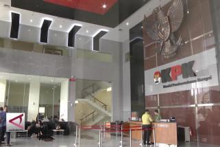 KPK ingatkan pejabat daerah agar tidak terkena OTT