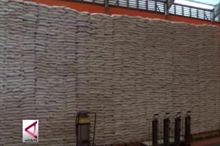 Bulog Sultra pastikan beras aman hingga lebaran
