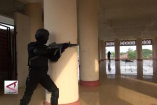 Aceh Prajurit Raider latihan pengamanan Pilkada