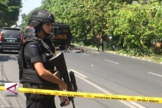 Bom Bunuh Diri Serang 3 Gereja