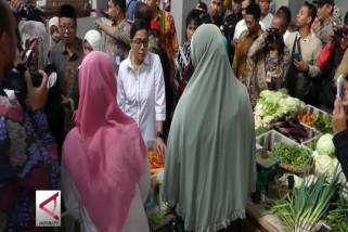 Menteri keuangan tinjau pasar Telukan, Sukoharjo