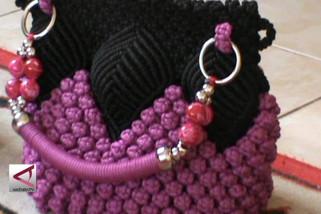Produk tas wanita dari anyaman tali KUR