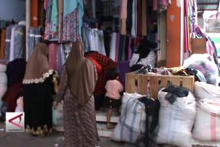 Omzet pasar kain Cigondewah Bandung naik 75%