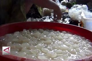 Ramadhan tiba, omzet penjualan kolang kaling melonjak