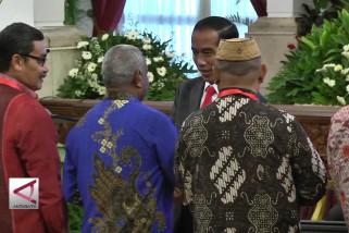 Presiden silaturahmi dengan penerima KIS