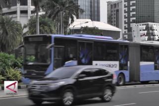 Naik bus pengumpan digratiskan