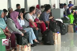 16 Ribu pemudik kembali mengadu nasib di Kota Bandung