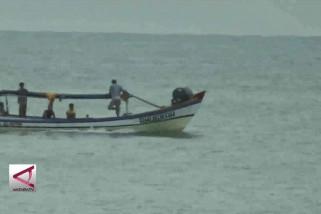 Nelayan & Wisatawan dilarang dekati anak krakatau