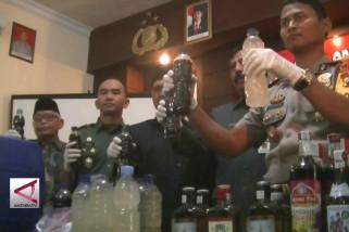 Polres Temanggung bongkar tempat produksi Miras oplosan