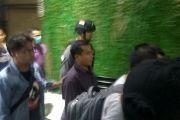 Video - Bupati Purbalingga dibawa tim KPK ke Jakarta