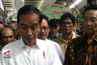 Presiden Joko Widodo blusukan pasar tradisional