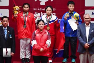 Lifter putri Sri Wahyuni raih medali perak
