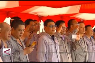 Ketika TKA di Sultra ikut upacara bendera
