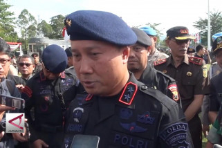 Densus 88 tangkap 2 terduga teroris di Bandung