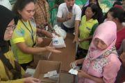 BUMN Hadir - Taspen gelar pasar murah untuk warga kurang mampu di Serang