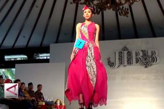 Semarak kreasi dan inovasi Jogja International Batik Biennale