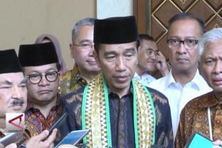 Presiden minta Kemenpora dan PSSI stop konflik antarsuporter