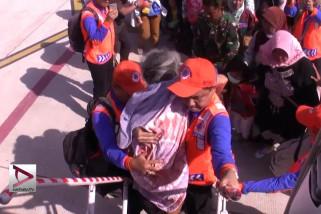 BPBD Jabar evakuasi korban selamat asal Jabar