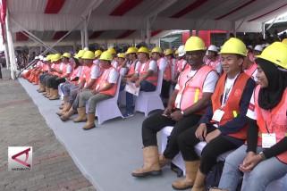 Presiden bagikan 10.000 sertifikat untuk tenaga konstruksi