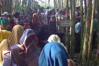 Pasar Papringan tingkatkan perekonomian desa