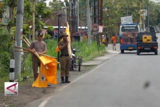 Petugas gabungan tertibkan ribuan APK di Gunungkidul
