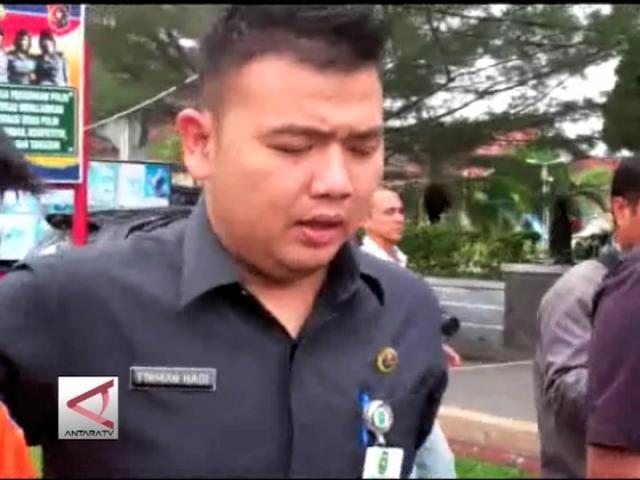 KPK Periksa Pejabat Dan Staf Pemprov Riau