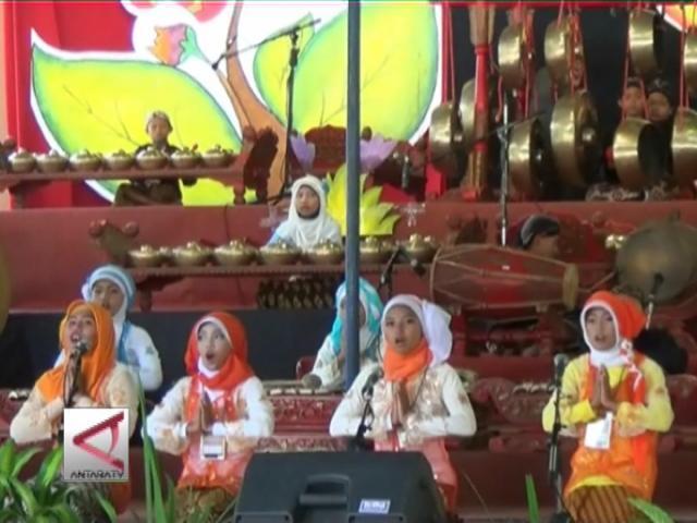 Parade Gamelan Anak 2014 Di Yogya