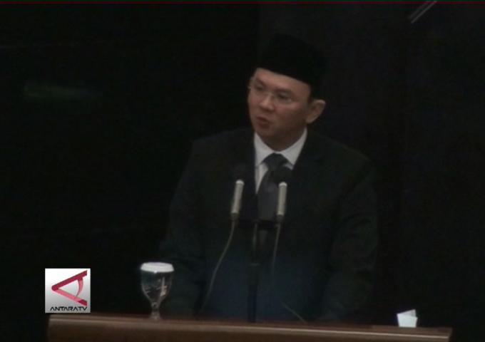 Gubernur DKI Sampaikan LKPJ APBD 2014