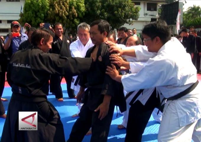 Peran Ganda Olahraga Karate
