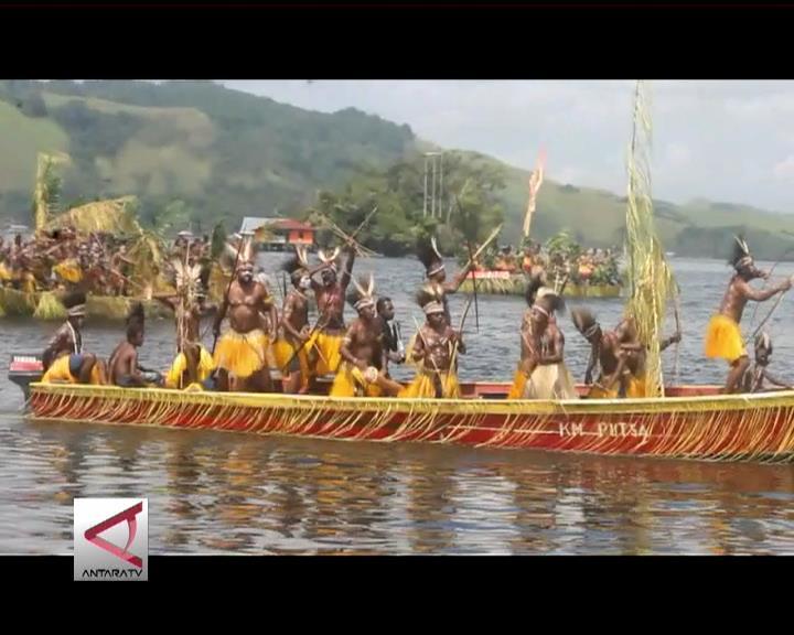 Eksplorasi Budaya Di Festival Danau Sentani