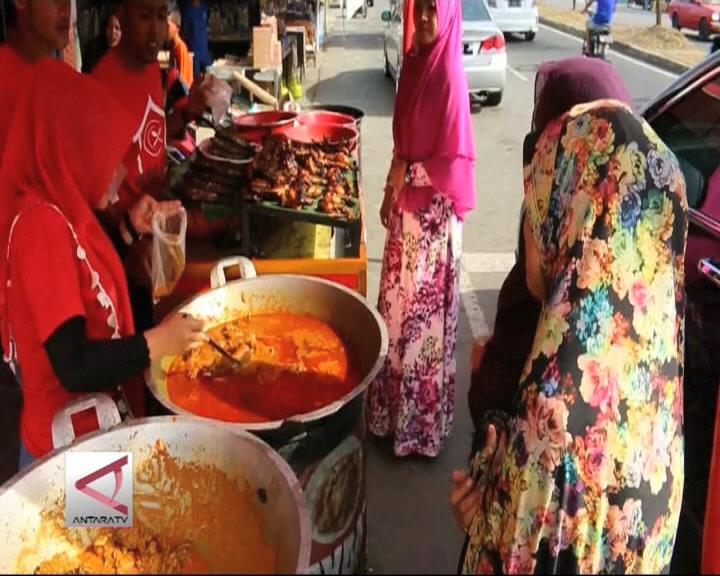 Raup Omset Berlipat Dari Kari Bebek Aceh