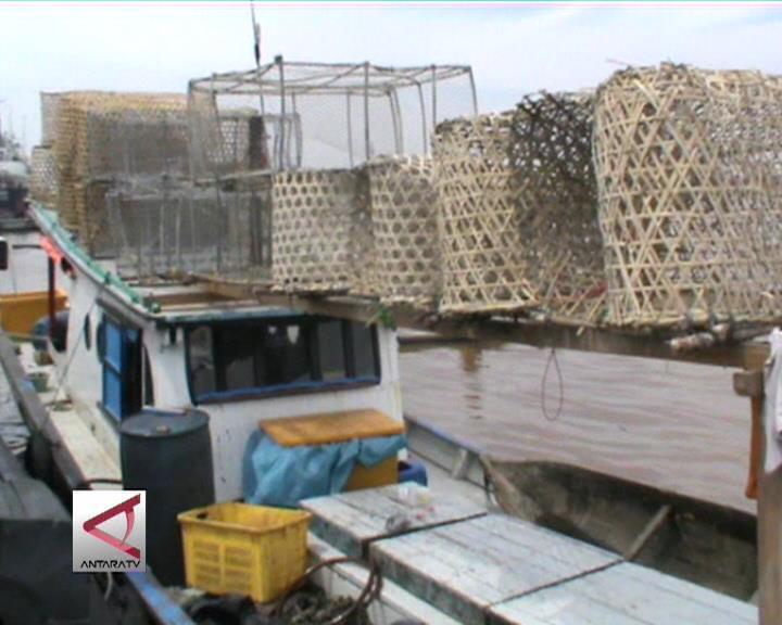 Kapal Nelayan Pembawa Bom Ditangkap