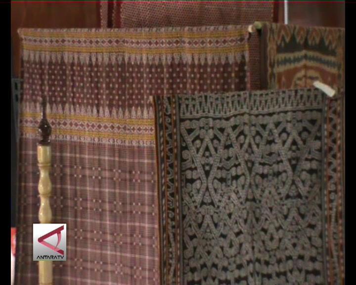 Museum Se-Indonesia Pamerkan Kain Di Padang