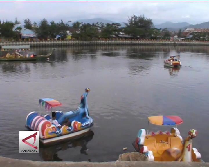 Danau Pengendali Banjir Tempat Wisata Air